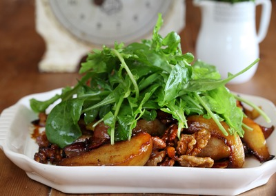 Portrait_medium_baked pear salad with belly bacon_walnuts