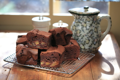 Portrait_medium_pear_chocolate brownies 22